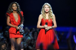 NEW YORK, NY- SEPTEMBER 13: Taylor Swift and Beyonce on stage during the MTV Video Music Awards at Radio City Music Hall on September 13, 2009 in New York City. (Photo by Brad Barket/PictureGroup)
