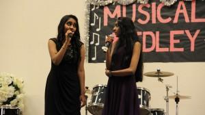 Sisters Akshara ad Anjana Parashar perform a duet. Photo by Pranathi Chitta.